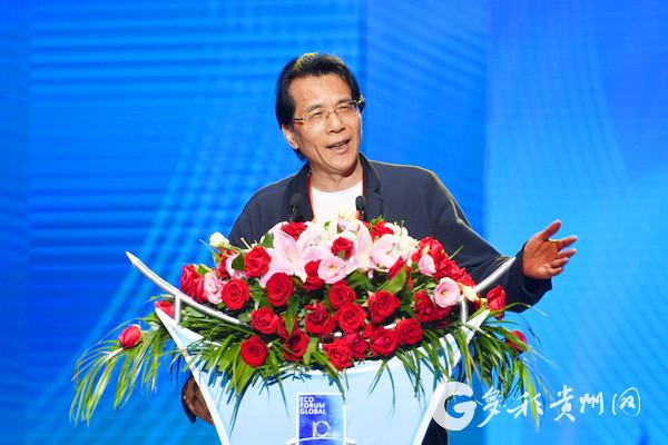 中国作协副主席、著名报告文学作家、《战狼2》作者何建明讲演.jpg